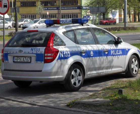 Policja Pabianice: Podróż do Łodzi na kradzionym paliwie i dwoma kolizjami